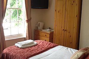 Single room - hotels in Rugby for single people